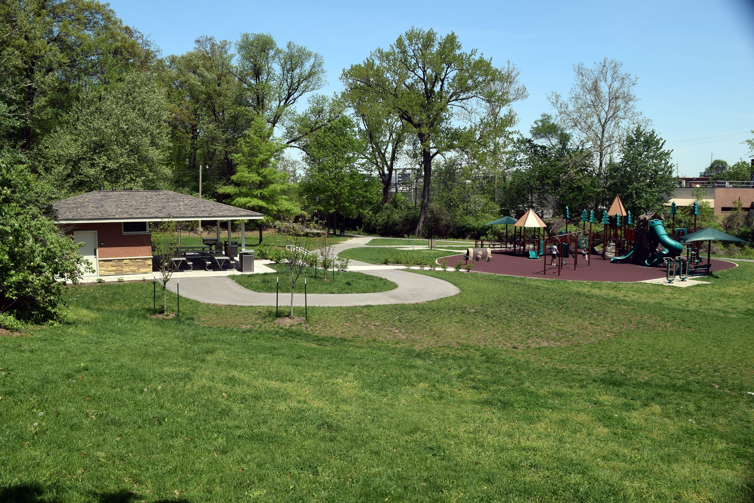 Oak Tree Park Pavilion and Playground