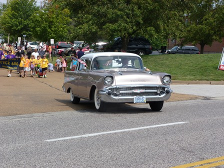 Parade - 1957 Chevy